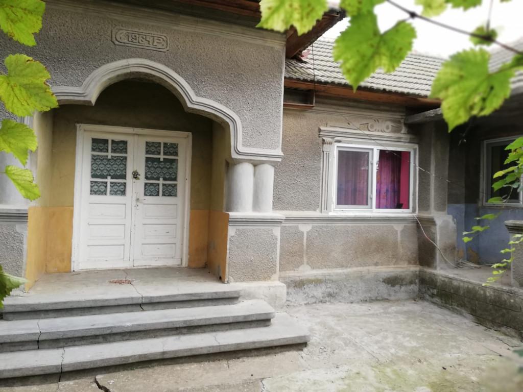 Vand Casa/vila  Nicolae Balcescu ,  Nicolae Balcescu  - 25000 EURO;