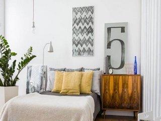 Vanzare  apartament  cu 3 camere  semidecomandat Iasi, Iasi  - 77500 EURO